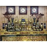 Giá bộ đồ thờ cúng bằng sứ Bát Tràng bao nhiêu? Những mẫu nào đẹp?
